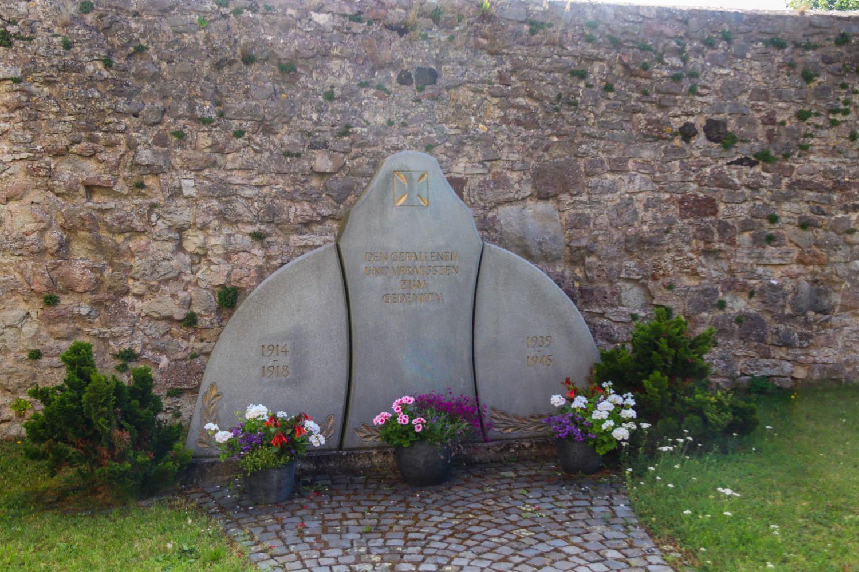 Denkmal in Kaltensundheim